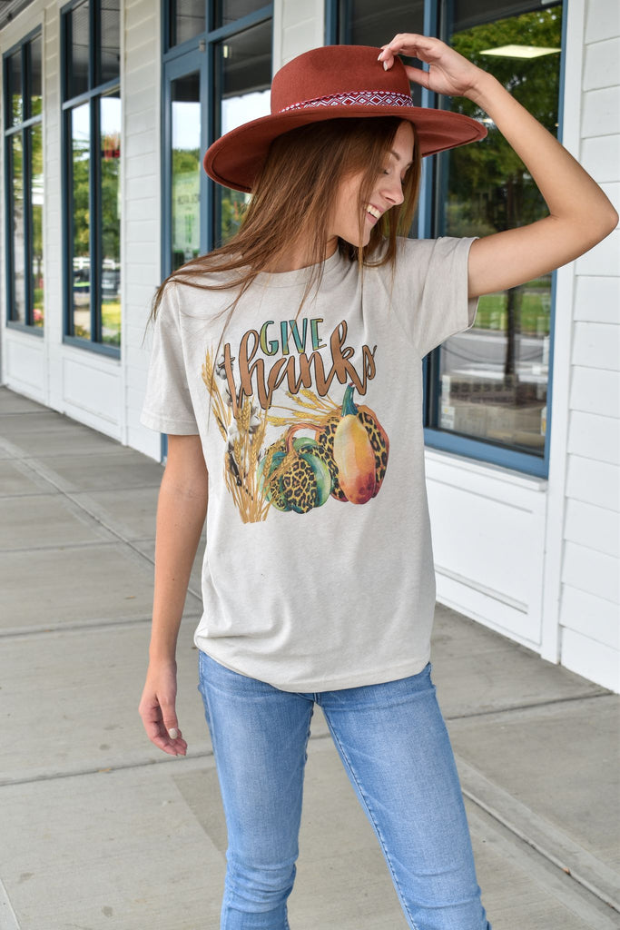 Give Thanks Cotton Pumpkin Graphic Tee