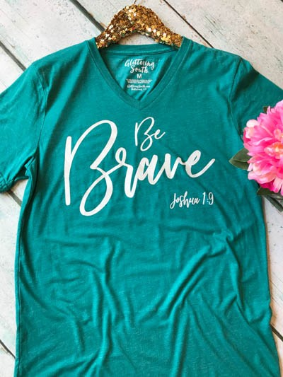 Be Brave V Neck - Glittering Boutique