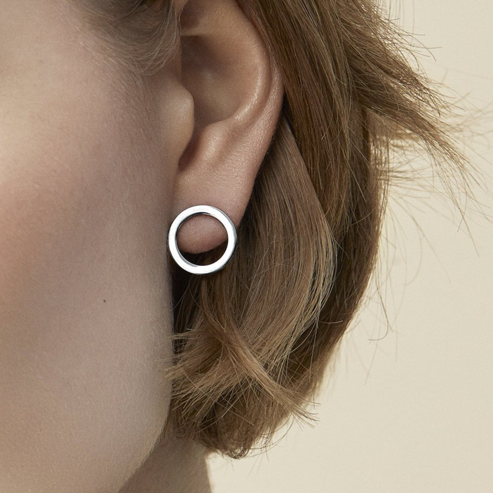 women stainless steel minimal stud earrings boucles oreilles minimalistes femme acier inoxydable MIA Jewelry