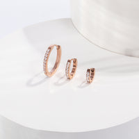 small half eternity huggie earrings stainless steel hypoallergenic mia jewelry petites boucles d'oreilles dormeuse pierres acier inoxydable T120E009DORO