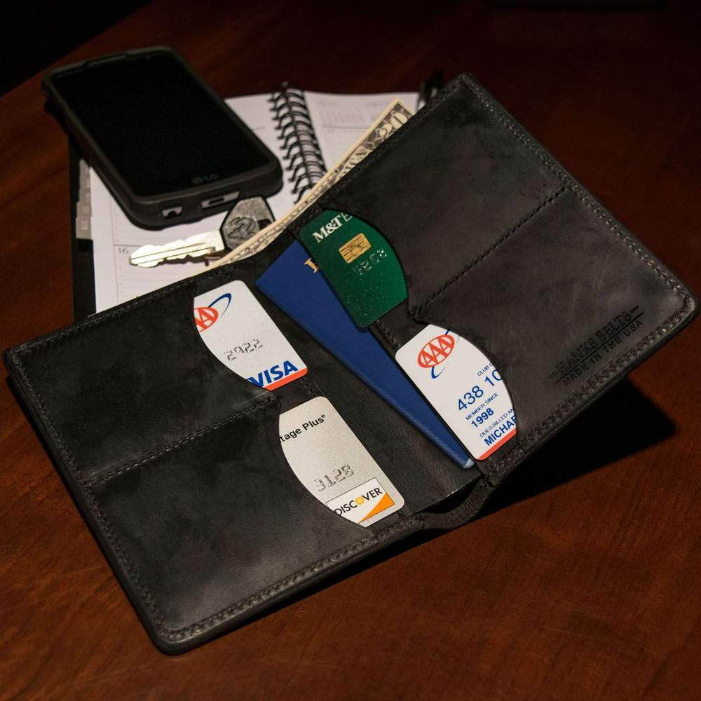 Hanks Belts Passport Case Wallet in Black
