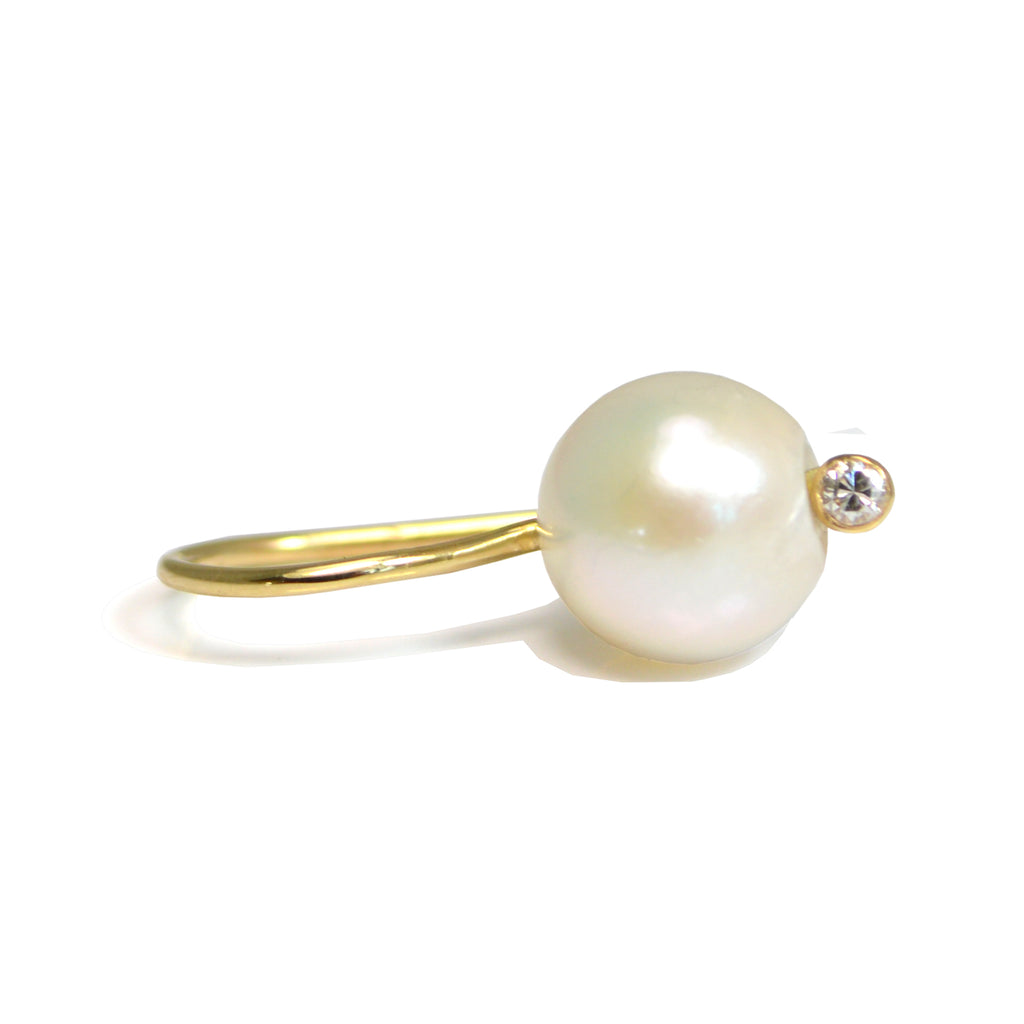 A GIRL'S BEST PEARL EARRINGS