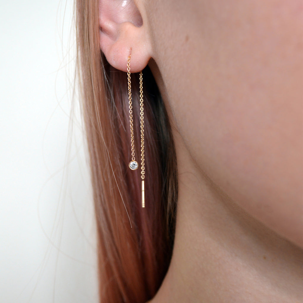 DIAMOND THREADER EARRING (SINGLE EARRING)