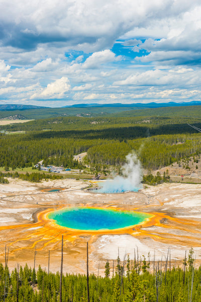Three of the Best Drives Through Yellowstone National Park