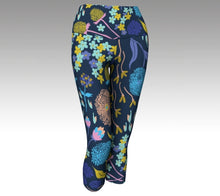 Nature's Sketchbook Yoga Capri - Wild & Roaming