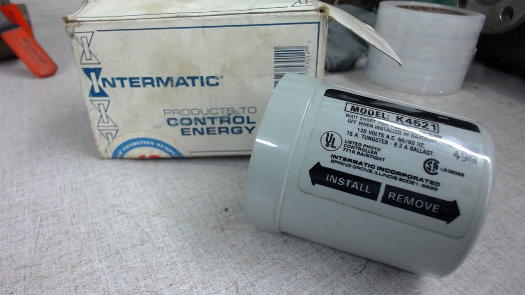 Intermatic K4521, Photo Control 120 Vac, 50/60Hz, 15A Tungsten-8.3A Ballast