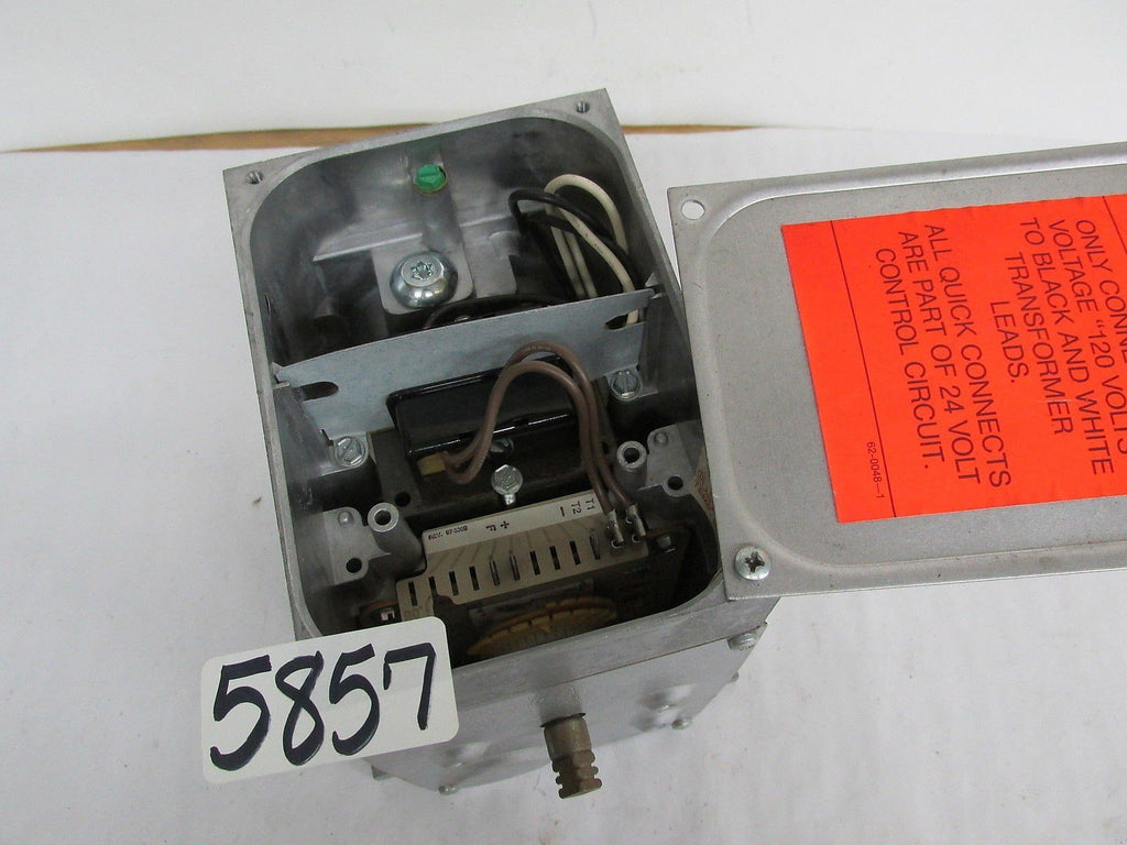 Honeywell Actuator NO Data Plates Appears to be new Selling as is