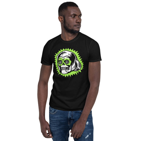 Lucky Skull Ring - Unisex T-Shirt