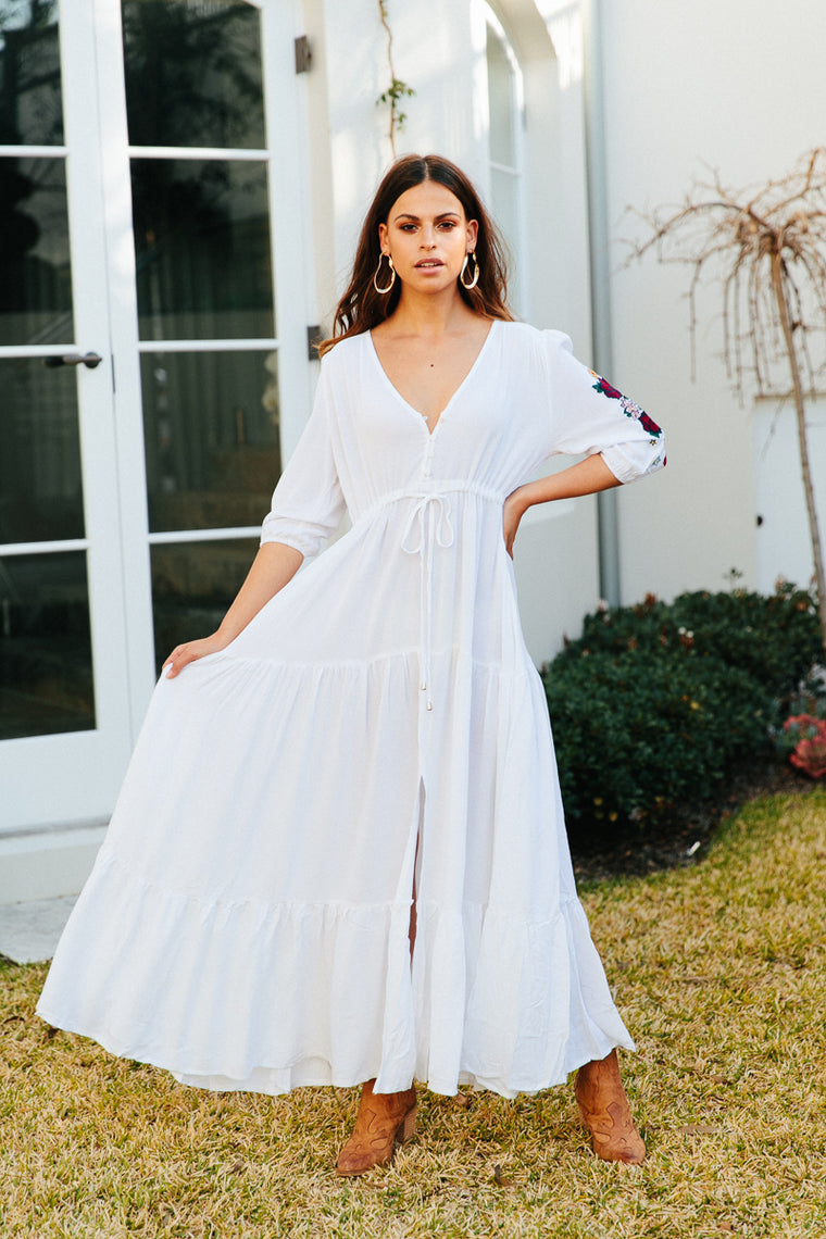 Tessa Maxi - White Embroidered