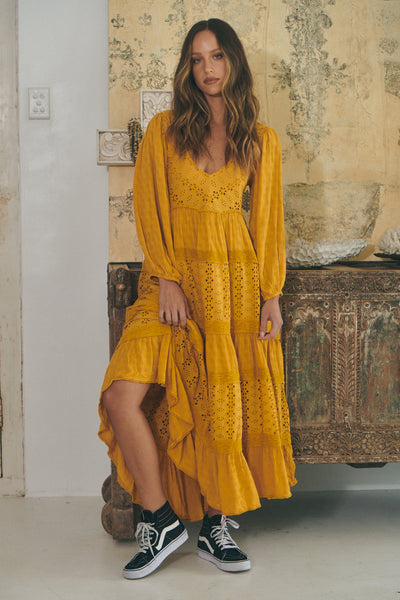 Mockingbird Maxi - Sueded Suntan