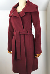 Dark red cashmere coat by denovostyle
