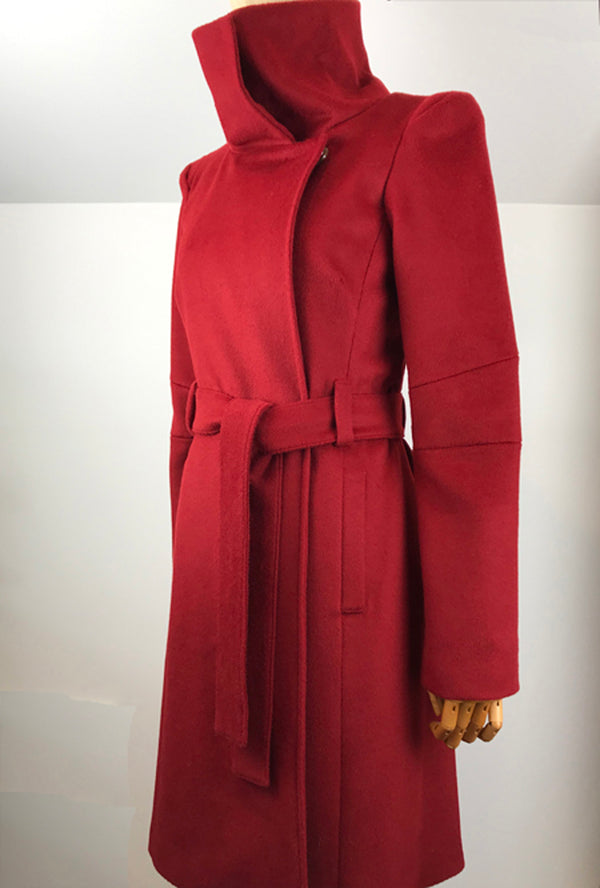 Red cashmere women's coat by denovo