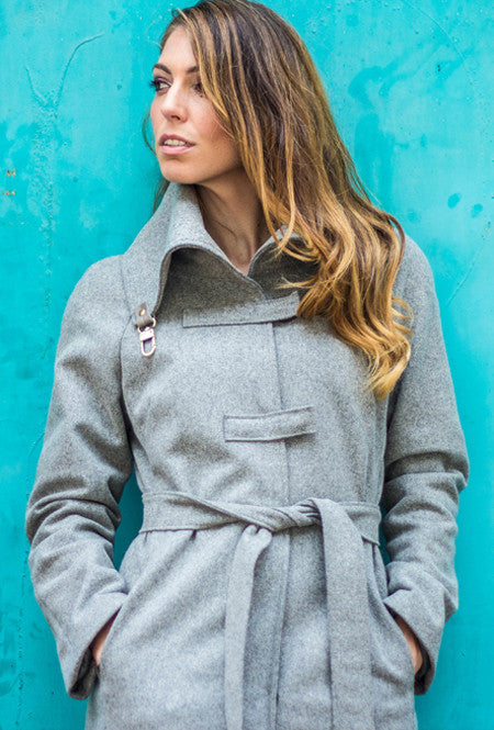 Women's raglan sleeve winter coat with belt