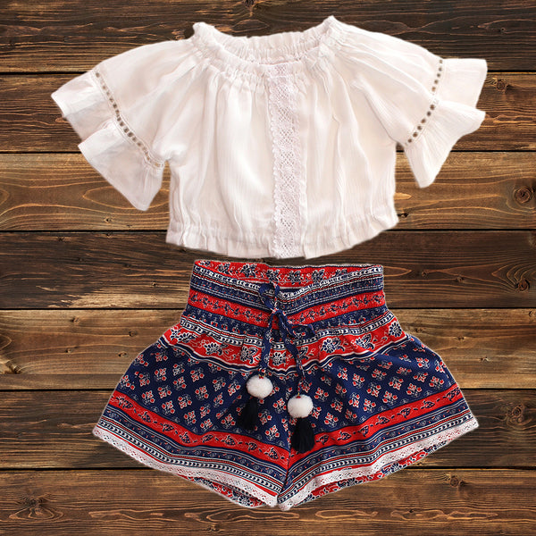 ALL NEW! - BELA & NUNI - Two-Piece Kringkel Top & Boho Shorts Set