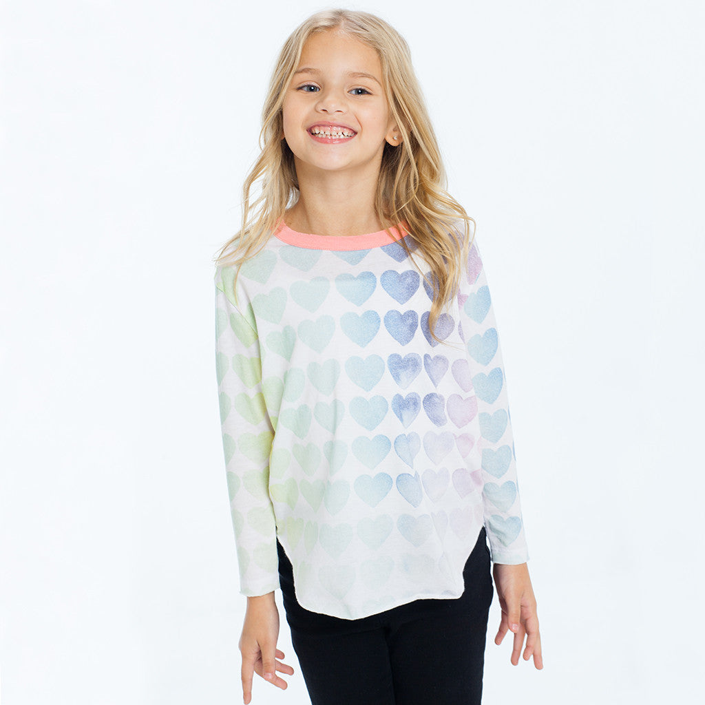 "CHASER KIDS - ""Rainbow Hearts"" Vintage Jersey Long Sleeve Shirttail Tee"