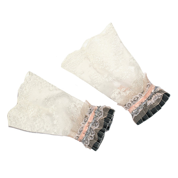 MODERN QUEEN KIDS - Lovely Lace Cuffs