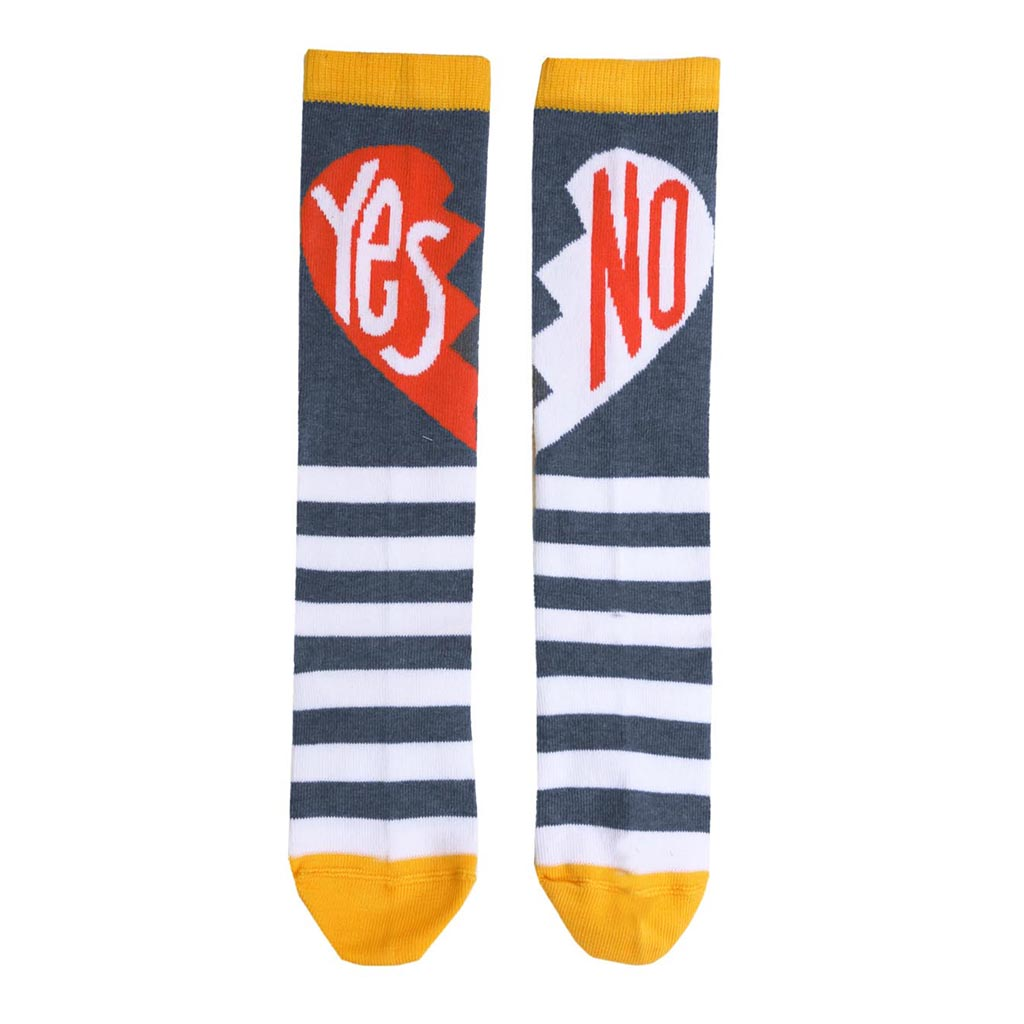 RASPBERRYPLUM - Yes/No Socks