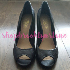 "Elliot Luca ""Andrea"" Black Leather Pumps - SALE"