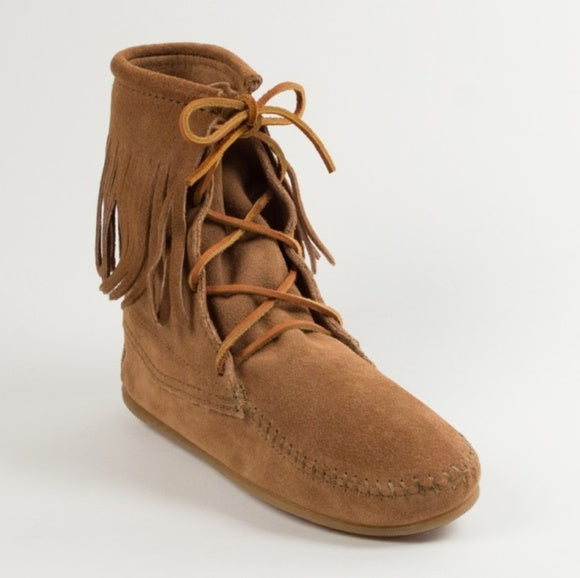 Minnetonka Suede Single Fringe Boots - SALE!!