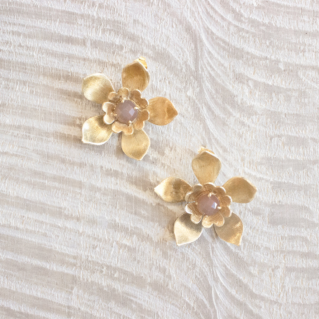 Gigi Earrings | Peach Moonstone