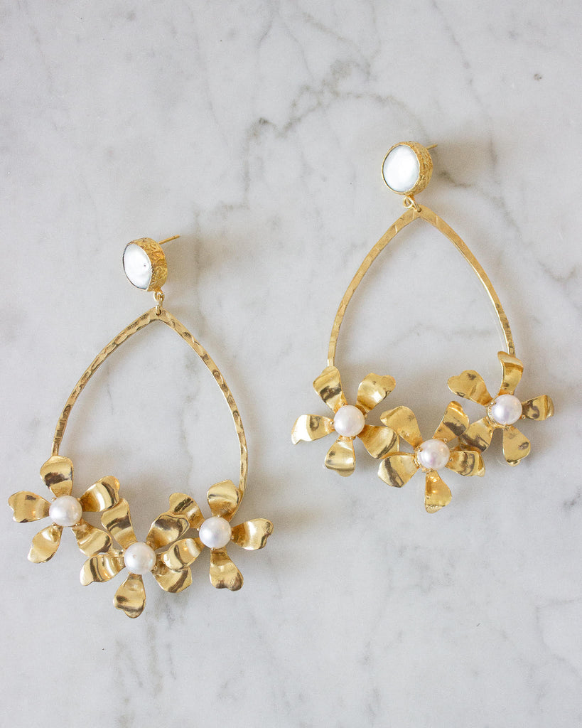 Liza Earrings | Pearl