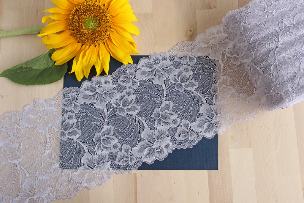 "1 YD of 7.75"" Lavender Gray Floral Stretch Lace for Bramaking Lingerie"