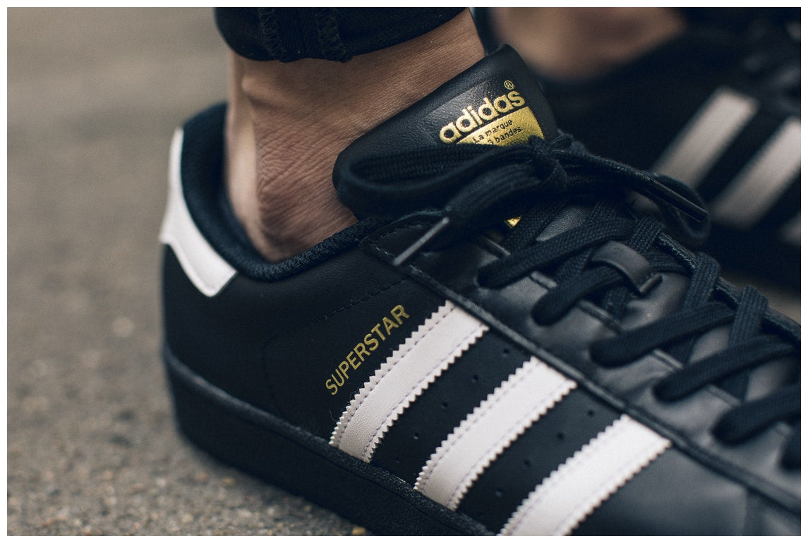 competitive price ed9e6 26a60 New Men s Adidas Superstar Foundation Shoe Black white Footwear Sneakers  Shoes R   eBay