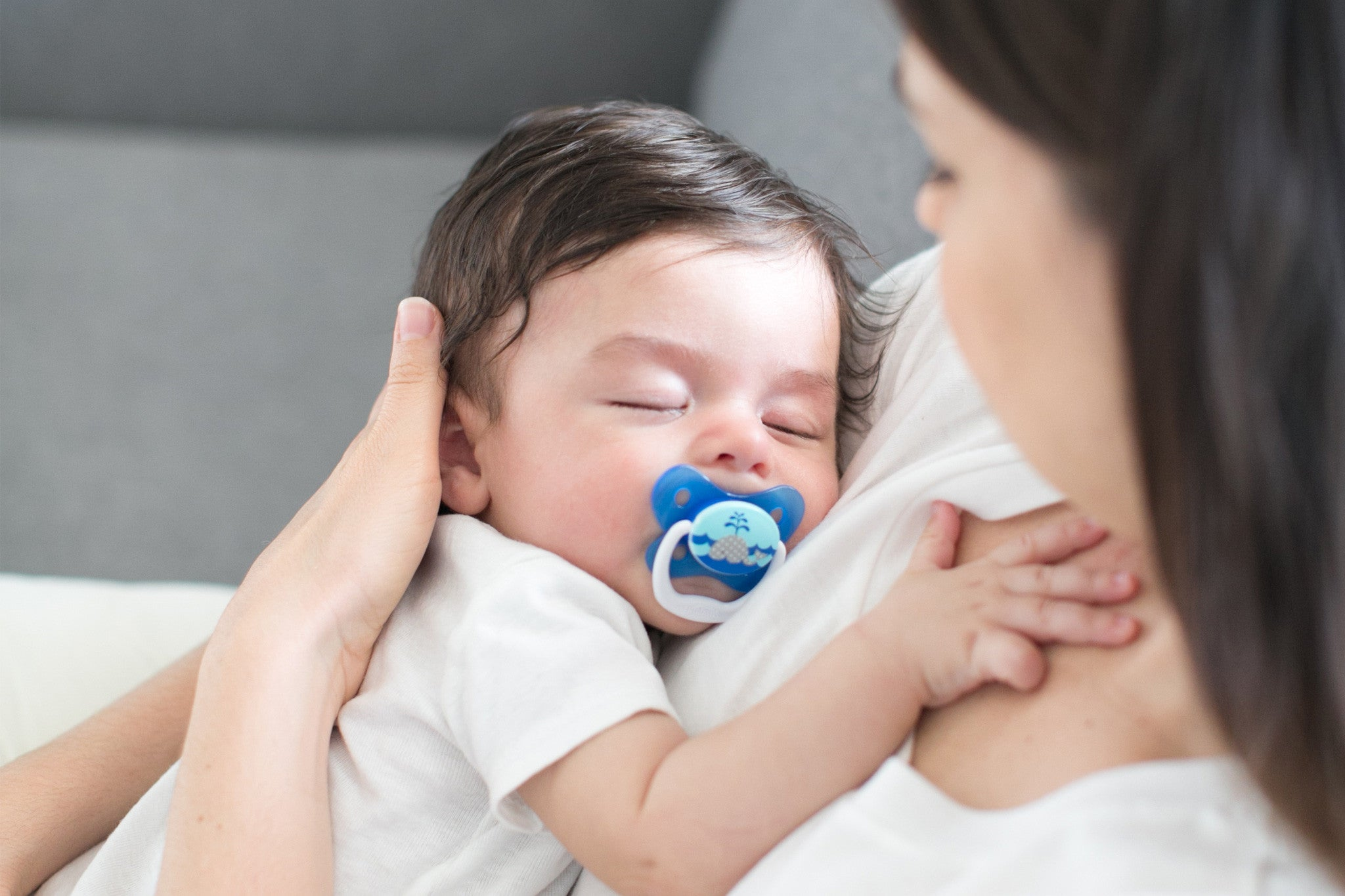 Choosing Safe Pacifiers for Baby