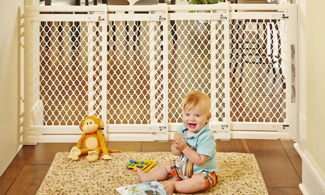 Baby Gates: The UNBEATABLE baby proofing tool