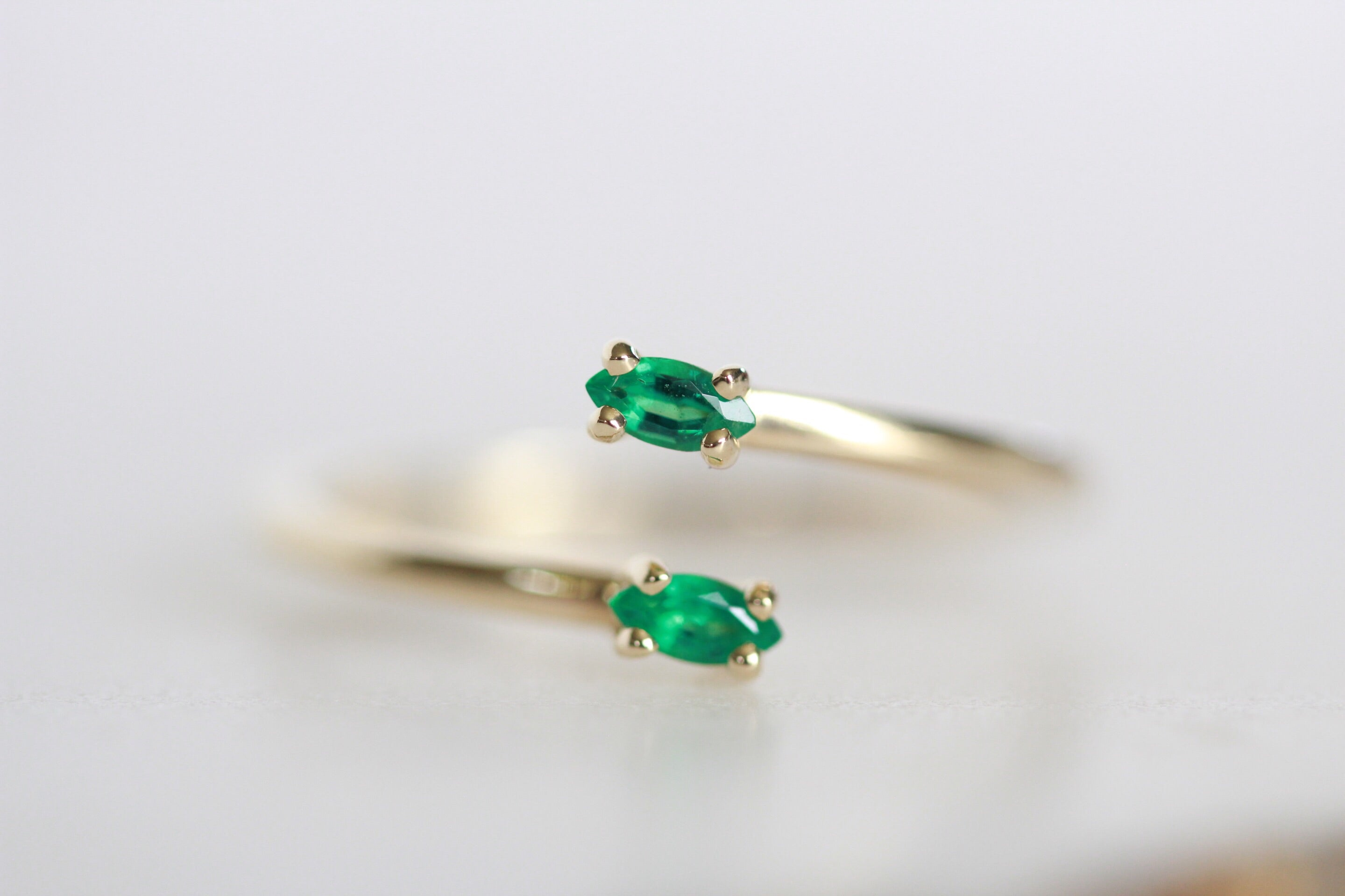 Emerald Single Leaf Ring