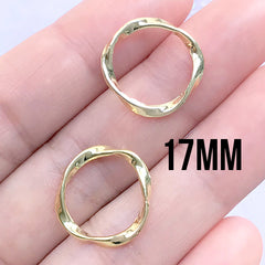 Small Round Frame with Wavy Border | Circle Deco Frame for UV Resin Filling | Resin Jewelry Supplies (2 pcs / Gold / 17mm)