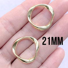 Irregular Circle Deco Frame | Round Wavy Open Frame for UV Resin Filling | Resin Jewellery Supplies (2 pcs / Gold / 21mm)