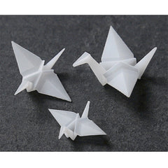 3D Paper Crane Resin Inclusion | Japanese Origami Embellishments for Resin Crafts | Resin Jewellery Supplies (2 pcs / 18mm x 16mm)