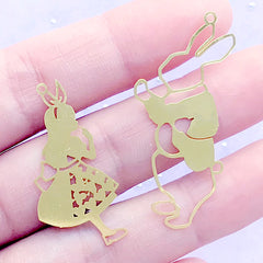 Alice in Wonderland and White Rabbit Metal Bookmark Charm | Fairytale Deco Frame for UV Resin Filling | Kawaii Jewellery Supplies (2 pcs)
