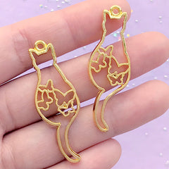 Cat with Butterfly Open Bezel Charm | Kawaii Animal Open Frame for UV Resin Filling | Resin Jewellery Making (2 pcs / Gold / 16mm x 45mm)