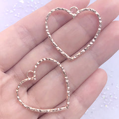 Heart Deco Frame with Wavy Border | Cute Open Bezel for UV Resin Filling | Kawaii Jewellery Supplies (2 pcs / Rose Gold / 29mm x 28mm)