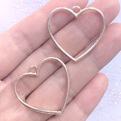 Heart Open Backed Bezel Pendant | Cute Deco Frame for for UV Resin Filling | Kawaii Jewelry Making (2 pcs / Rose Gold / 29mm x 28mm)