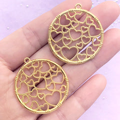 Circle Heart Openwork Charm | Round Open Bezel Pendant | Cute Deco Frame for UV Resin Filling (2 pcs / Gold / 32mm x 35mm)