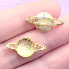 Planet Saturn Embellishments for Resin Craft | Astronomy Resin Inclusions | Kawaii Jewellery Supplies (4 pcs / Gold / 21mm x 10mm)