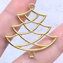 Christmas Tree Open Bezel Ornament for UV Resin Filling | Christmas Deco Frame for Resin Jewelry DIY (1 piece / Gold / 34mm x 35mm)