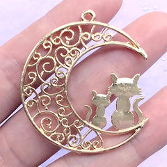 Filigree Moon and Cat Open Bezel | Magical Girl Charm | Kawaii Deco Frame for UV Resin Filling (1 piece / Gold / 38mm x 43mm)