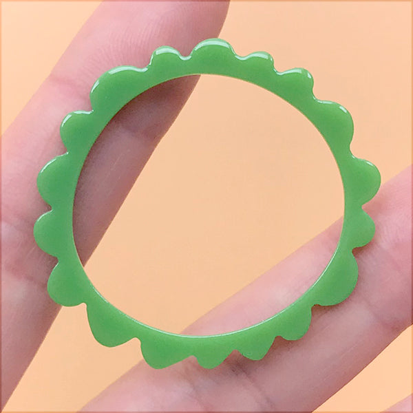 Irregular Circle Open Back Bezel for UV Resin Filling | Acrylic Round Deco Frame | Kawaii Retro Charm (1 Piece / Green / 39mm)
