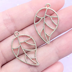 Leaf Open Bezel Charm | Floral Deco Frame for UV Resin Filling | Kawaii Resin Craft Supplies (2 pcs / Gold / 17mm x 28mm)
