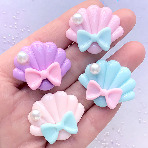 Kawaii Pastel Seashell Cabochon Assortment | Scalloped Sea Shell with Bow | Kawaii Decoden Pieces (4 pcs / Mix / 30mm x 25mm)