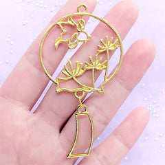 Red Spide Lily and Goldfish Wind Chime Open Bezel Charm | Oriental Windchime Deco Frame for UV Resin (1 piece / Gold / 40mm x 73mm)
