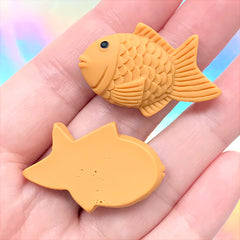 Taiyaki Cabochons | Japanese Fish Shaped Cake | Kawaii Decoden | Sweet Deco | Miniature Food Jewelry Supplies (4 pcs / 21mm x 34mm)