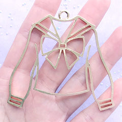 Long Sleeve Sailor Uniform Open Bezel Charm | Winter School Outfit Deco Frame for UV Resin Filling (1 piece / Gold / 66mm x 62mm)