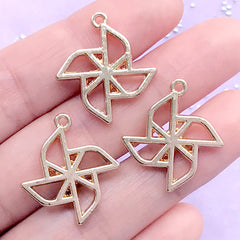 Pinwheel Open Bezel Charm | Paper Windmill Deco Frame | Kawaii UV Resin Craft Supplies (3 pcs / Gold / 21mm x 24mm)