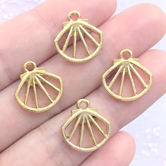 Mini Seashell Open Bezel Charm for UV Resin Filling | Small Scallop Shell Deco Frame for Kawaii Resin Jewelry DIY (4 pcs / Gold / 14mm x 15mm)