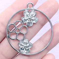 Round Plum Blossom Open Bezel Charm | Floral Pendant | Flower Circle Deco Frame for UV Resin Filling (1 piece / Silver / 40mm x 44mm)
